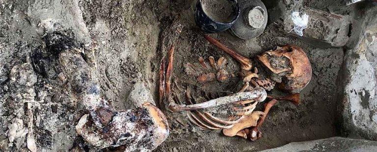 La momia con espejo